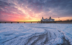 Baltic Ice (Stefan Sellmer) Tags: ice wow sunrise winter composition balticcoast mecklenburgvorpommern germany mood seascape snow balticsea outdoor clouds heringsdorf deutschland de