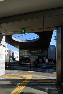 Exit of Kaminoge Station (上野毛駅)