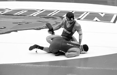BRO-STA 165 2018-01-13 DSC_8394 bw (bix02138) Tags: brownuniversity brownbears stanforduniversity stanfordcardinal pizzitolasportscenter pizzitolasportscenterbrownuniversity providenceri january13 2018 wrestling sports intercollegiateathletics athletes jocks ©2018lewisbrianday 165pounds 165 jonviruet jaredhill