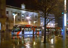 Tranvia en Zaragoza, bajo la lluvia (joseange) Tags: tranvia transporteurbano zaragoza ciudad lluvia nokia1020