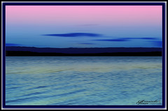 Early Winter Sky (itsallgoodamanda) Tags: amandarainphotography australia australiassouthcoast jervisbayphotography jervisbay shoalhaven seascape stgeorgesbasin southcoast sanctuarypoint seaside shore sunset sunsetphotography autumn2018 pinkandbluesky ocean effects mountains photography photoborder prettysunset sky australianlandscape australiaseastcoast sea seascapephotography minimal minimalism tamron18200mm blursunset abstractseascape abstractsunset australianphotography