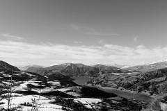 Paysage alpin (zuhmha) Tags: villaudemard france neige snow hiver winter nature montagne mountain landscape horizon lac lake alpes