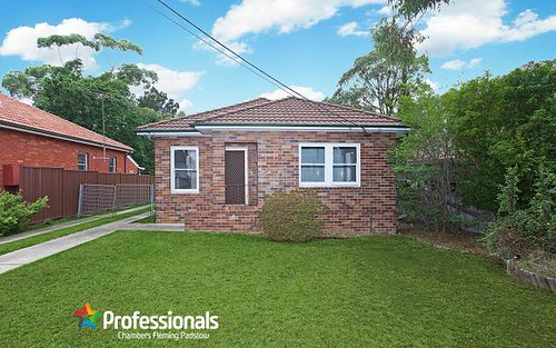 17 Joan St, Chester Hill NSW 2162
