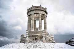 Il passetto innevato. (Ale_Car) Tags: passetto ancona burian perturbazione siberiana mare monumento marche italia nikon d3100 snow febbraio