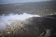 Kupaianaha Vent (wyojones) Tags: hawaiivolcanoesnationalpark hawaii bigisland maunaloa pu'u'ō'ō kīlaueavolcanoseastriftzone kilauea smoke volcanology volcano lavaflow lava basalt geology volcanicvents wyojones np