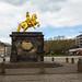Estátua de ouro Cavaleiro Dourado