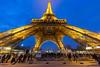 Grand écart. Paris, janv 2018 (Bernard Pichon) Tags: paris7earrondissement îledefrance france fr bpi760 eiffel hdr fr75 ciel nuit