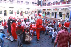 "KG Christmas Celebrations 2017-18 • <a style=""font-size:0.8em;"" href=""http://www.flickr.com/photos/141568741@N04/24983562767/"" target=""_blank"">View on Flickr</a>"