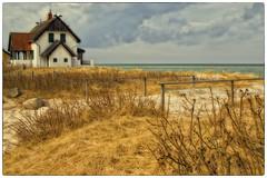 Steinwarder (Heinze Detlef) Tags: steinwarder wasser meer heiligenhafen urlaub urlauber häuser ferienwohnung dünen sand strand gras reedhäuser