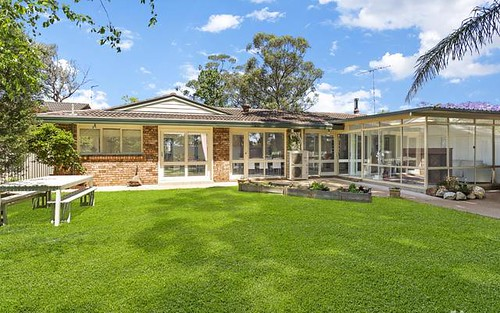 8 Kinarra Avenue, Kellyville NSW
