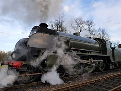 2018 0212 525 (SGS8+) Bluebell Railway; Sheffield Park (Lucy Melford) Tags: samsunggalaxys8 bluebell railway steam train departing southern sheffield park