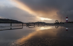 Lighthouse Reflection (leppre) Tags: buncrana inishowen donegal cold snow landscape reflection reflections water waterscape pier lighthouse