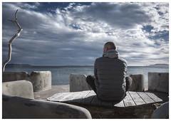 L'endroit (thierry-manach.com) Tags: restaurant bar mer sea ocean ciel sky bois wood man homme light lumière assis paysage contemplation nuages cloudsbleu blue zen méditation