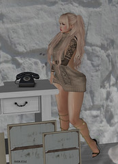 post 47 Call me, Baby (Snow Style) Tags: entangled poses desire boutique catwa maitreya spellbound