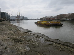Thames Path - London Bridge to Putney (Andrew Grantham) Tags: thamespath riverthames footpath nationaltrail london