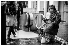 DSCF4615.jpg (srethore) Tags: street bw candid people noiretblanc photoderue meike 35mm