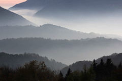 Confluenze (lincerosso) Tags: alpago autunno nebbia atmosfera sera bellezza armonia nostalgia