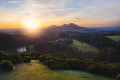 Hazy Sunset at the Scott's View (Uillihans Dias) Tags: green hazy sunset scottsview scotland scottishborders landscape britain uk nature hill mountain d750 nikon nikonnikkor2470mmƒ28