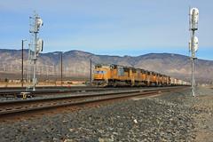 Tied down at Mojave (SPZahn) Tags: up unionpacific mojave