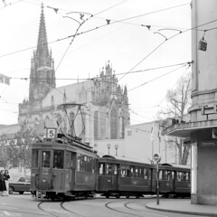 Een geheimzinnige lijn 5 (Tim Boric) Tags: basel basle bazel bâle steinenberg theaterstrasse elisabethenkirche tram tramway streetcar strassenbahn bvb sig