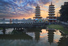 台灣-左營蓮池潭日出 (黃昱峰) Tags: 風景 台灣 左營 蓮池潭 日出 landscape sunset sky colour cloud water long exposure 6d ef24105mm