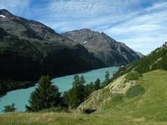 Place Moulin - 1 (anto_gal) Tags: aosta valdaosta montagna trekking escursione escursionismo alpi valpelline lago diga artificiale placemoulin 2010