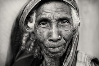 Bangladesh, old lady