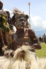 IMG_9945 (stevefenech) Tags: png papau new guinea stephen fenech goroka mount hagen festival indigenous travel adventure colourful