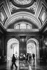 Public Library (TS_1000) Tags: ny nyc newyork newyorkcity bryantpark manhattan publiclibrary sw bnw leica q summilux 28mm
