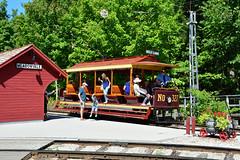 Halton County Radial Ry #327 (Jim Strain) Tags: jmstrain train railroad railway streetcar tram trolley canada toronto transit ttc
