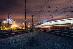 lights (Tiaguito Fonseca) Tags: tiaguitofonseca tiaguito lisboa sony lx trains trainlover love amor linhadaazambuja 85mm portugal