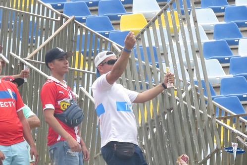"""Hinchas Everton vs CDUC • <a style=""""font-size:0.8em;"""" href=""""http://www.flickr.com/photos/131309751@N08/40279465972/"""" target=""""_blank"""">View on Flickr</a>"""
