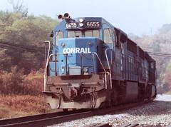 Conrail 6655. Gallitzin Tunnels. Gallitzin, PA  1980's (bobchesarek) Tags: conrail penncentral prr gallitzin tunnel gallitzintunnel horseshoecurve altoona pennsylvania