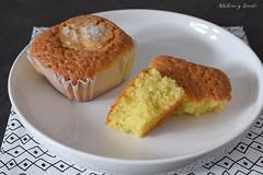 Magdalenas de estepa (Akane86) Tags: magdalenas estepa sweet baking spanishfood spanishsweets dulce reposteria pastry