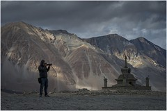 pangong tso lake024 (Fermin Ezcurdia) Tags: pangonglake tibetan himalaya shyokriver indusriver tso changla 4250 pangongtso pangongtsolake chemreymonastery hemismonastery lehpalace somagompa namgyaltsemogompa shantistupa sheymonastery staknagompa thiksemonasterymonastery thikse stakna gompa shey stupa shanti soma namgyal leh hemis chemrey ladakh