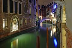hidden Venice (werner boehm *) Tags: wernerboehm nenice venedig nachtaufnahme nightshot reflection