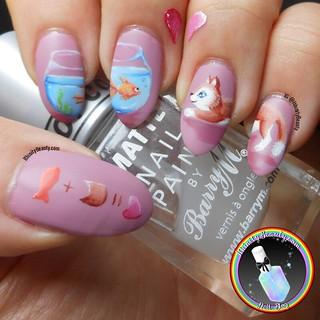 Kitty Loves Fishy Nails