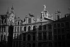 Brussels (Dimitri Tenezakis) Tags: brussels city urban historic buildings architecture street streetphotography bw nb blackandwhite noiretblanc