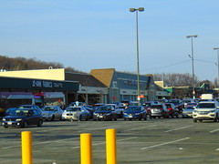 Stop and Shop (Holyoke, Massachusetts) (jjbers) Tags: holyoke shopping center massachusetts january 21 2018 plaza jo ann fabrics crafts stop shop grocery store supermarket fomer ames
