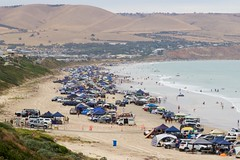the beach was packed... (julie burgher) Tags: changethedate australiaday aldingabeach southaustralia australiaday2018 carsonbeach hightide