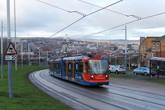 Stagecoach Supertram 117, Norfolk Park 16/12/17 (TC60054) Tags: stagecoach sheffield siemens duewag duwag supertram south yorkshire sysl tram tramway light rail railway metro