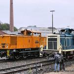 Diesellokomotiven 106 756-0 ex Deutsche Reichsbahn & 261 671-2 ex Deutsche Bundesbahn thumbnail