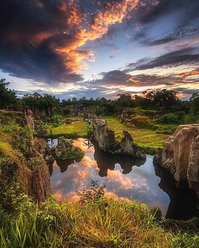 Post by @edaccessible by Felix Indrawan @natgeophotos Jakarta, Indonesia  #love #TagsForLikes #TagsForLikesApp #instagood #me #smile #follow #photooftheday #tbt #followme #girl #beautiful #happy #picoftheday #instadaily #food #amazing #TFLers #fashion #ig