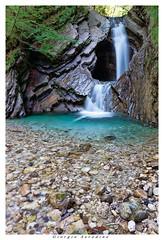cascate in carnia (Giorgio Serodine) Tags: rnia friuli italia canon tele acqua movimento pietra sassi caverna giocodacqua allaperto digiorno arbusti
