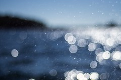 Summer memories (Stefano Rugolo) Tags: stefanorugolo pentax k5 pentaxk5 smcpentaxm50mmf17 bubbles bokeh sky sea island dynamism abstract light blue boatride baltic archipelago hälsingland sverige summer summermemories splash depthoffield