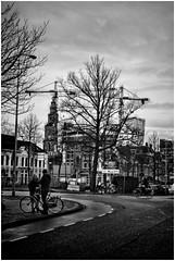 Groningen (Schnarp) Tags: groningen stad city altstadt village stadt provinciegroningen straat streets streetphotography straatfotografie hdr pentaxk10d nederland niederlande netherlands holland paysbas europa europe zwartwit blackwhite bw zw damsterdiep