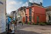 Waltorenpad - Walstraat (Hans van Bockel) Tags: bergkwartier city d7200 hansvanbockel lightroom nikon photoshop stad deventer overijssel nederland nl walstraat waltorenpad binnenstad middeleeuws medieval gevels dickens architectuur architecture klunders heuksken