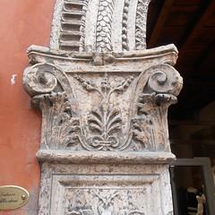 Decor (Navi-Gator) Tags: architecture verona italy decor details
