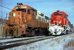 ICG GP35 2539 (Chuck Zeiler) Tags: icg gp35 2539 cn sd40 5210 railroad emd gmdd locomotive chicago train chuckzeiler chz