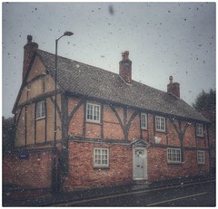 Cruck house - Coleshill, Birmingham UK (hussey411) Tags: huntedhouse old house amateur photographer photography photo iphone7plus iphonephotography iphone cruckhouse coleshill birmingham westmidlands uk